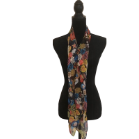 Chatty Message Neck Scarf